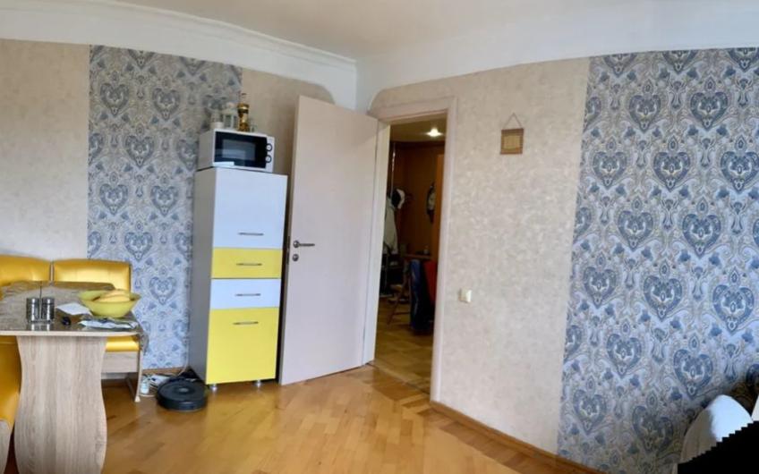 6(20) Квартира в Апшеронске. Район Центр