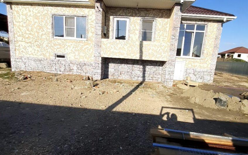24(20) Дом в Апшеронске. Район 23 ПТУ
